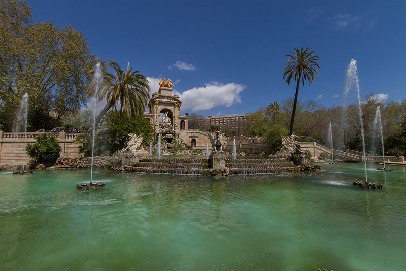 five-must-see-places-if-you're-passing-through-barcelona
