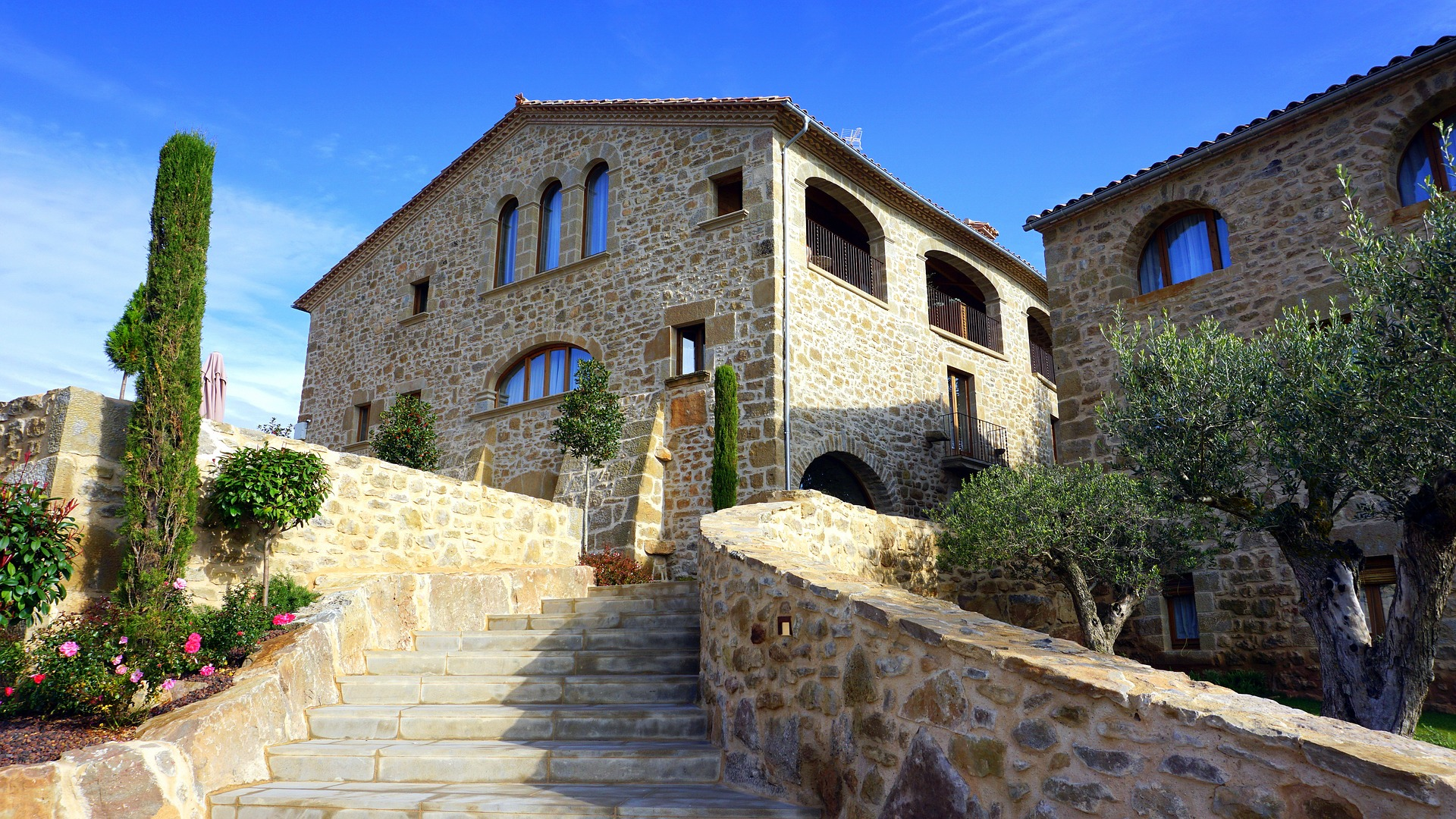 how-to-rent-country-houses-in-barcelona